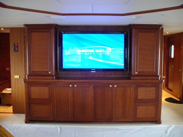 HDTV Entertainment system for yachts